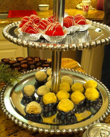 Cake Balls displayed for a party!